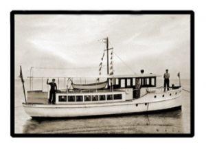 boat_burgee_med_med_hr